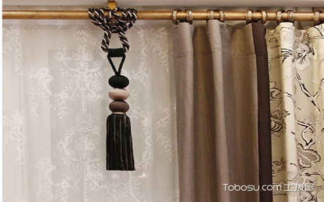 窗帘杆安装尺寸