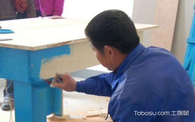 旧家具油漆翻新工艺之打磨