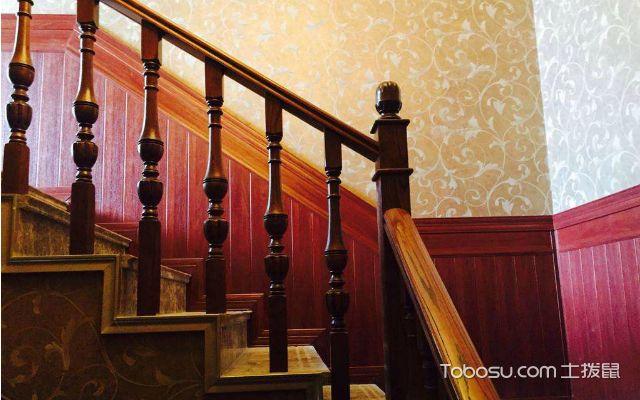 楼梯护墙板哪种好之玻璃刚