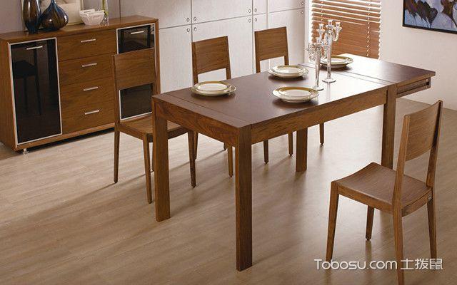 实木餐桌怎么样之如何保养