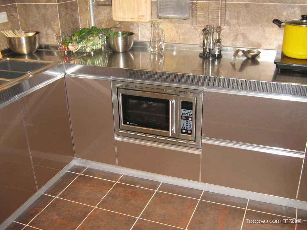 不锈钢厨房装修设计案例