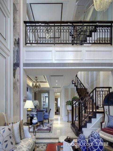 客厅吊顶多用装饰