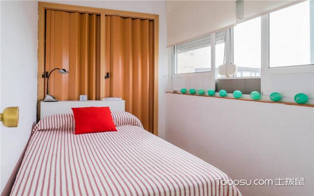 小卧室的装修设计案例