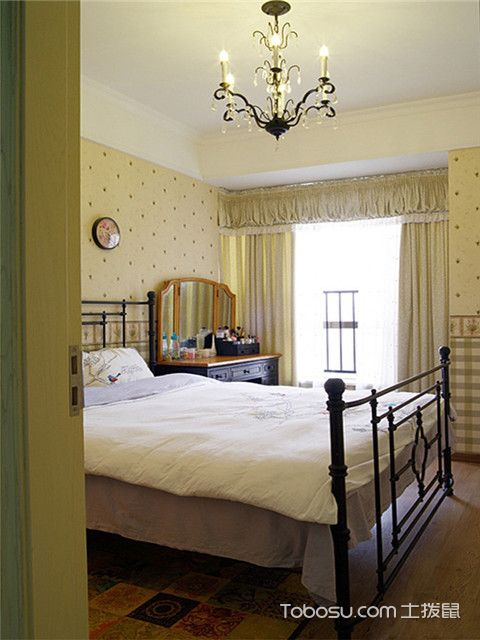 南京90平米装修效果图之卧室