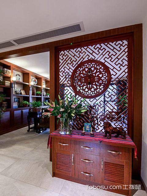 玄关隔断雕花装修设计图之中式风格