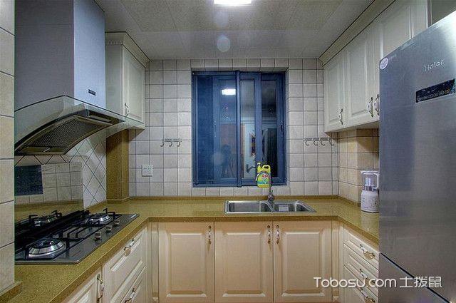104平三室一厅装修厨房