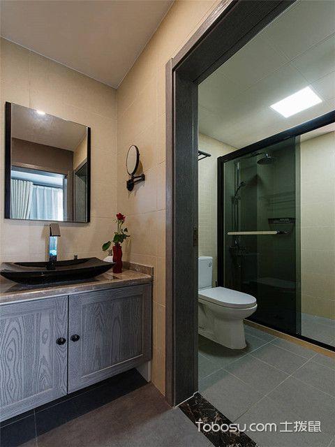 80平二居室装修卫生间