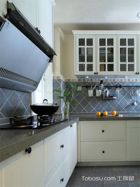 82平米2室1厅简约装修设计图之厨房