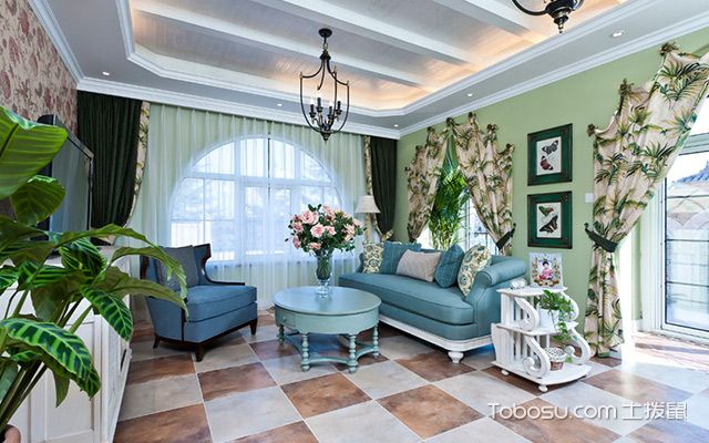地中海风格客厅特点一:纯美的色彩
