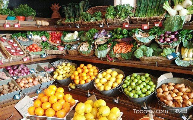 小型水果店装修与摆设布局