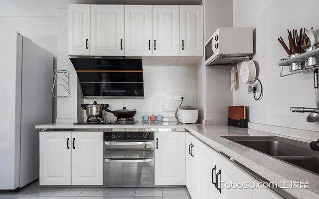 95平米三室两厅装修—厨房