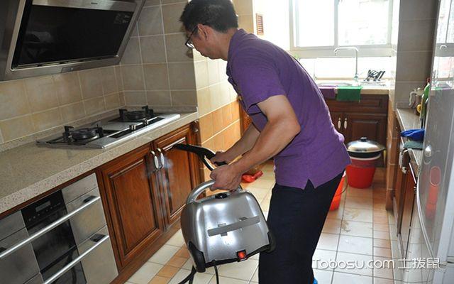开放式的厨房如何进行清洁保养?