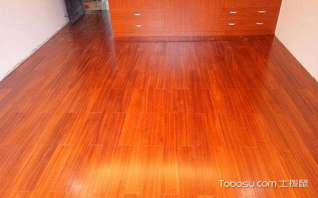 复合木地板安装方法上胶