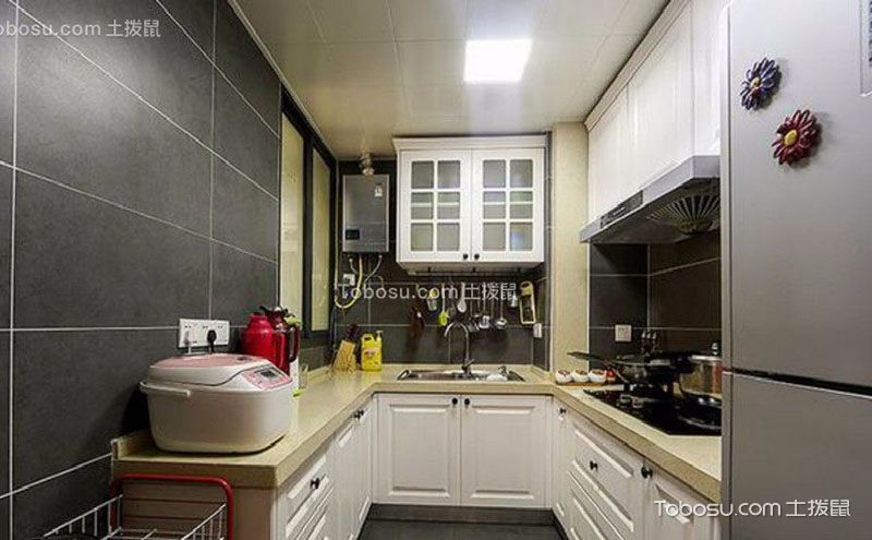 小户型整体厨房装修,整洁美观尽情烹饪