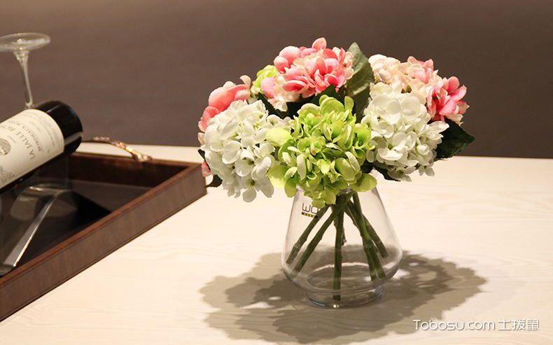 客厅假花装饰品布置_土拨鼠装修经验