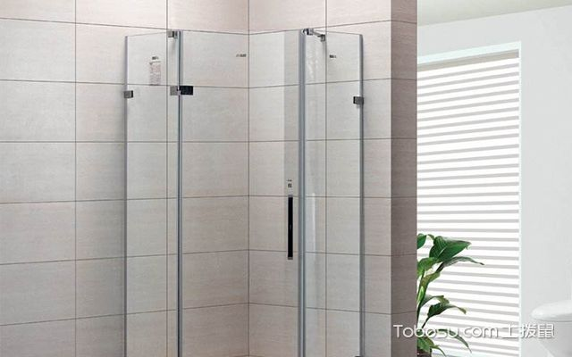 淋浴房高度案例图3