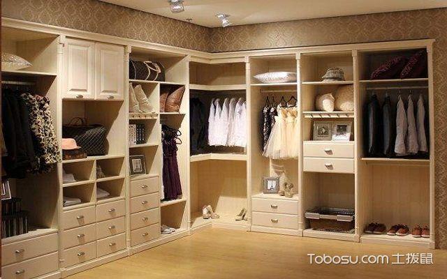 卧室定制衣柜价格多少钱一平米