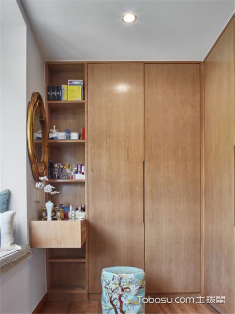 现代衣柜颜色效果图