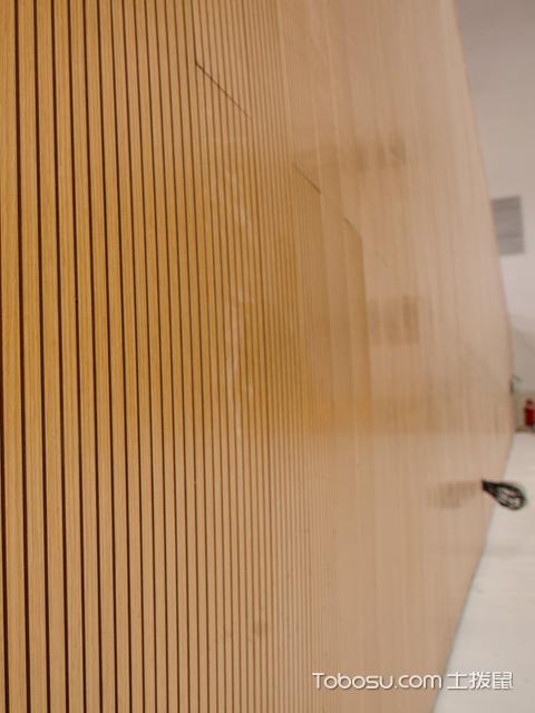 安装木质吸音板