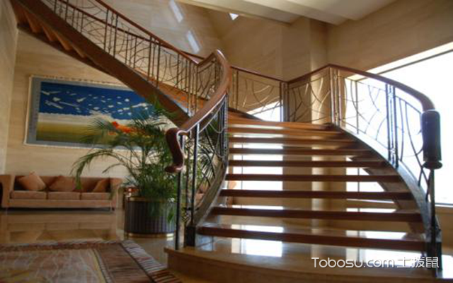 木质楼梯如何保养