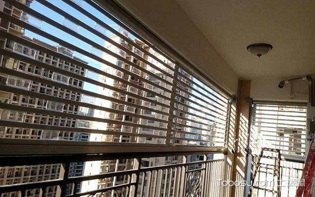 阳台百叶窗帘效果图作用