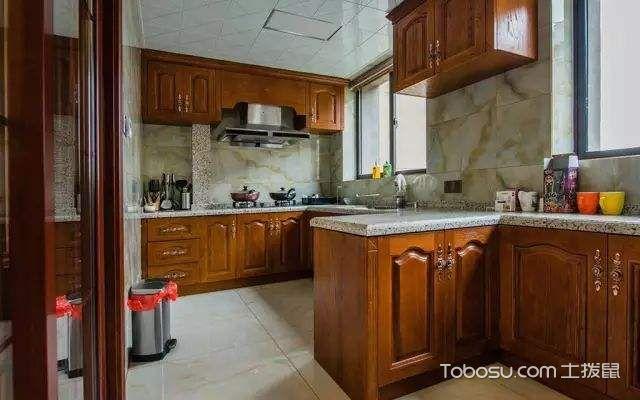 厨房墙面油污清洗妙招,方法