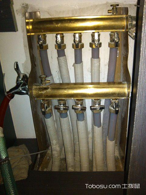 地热回水管不热正常吗
