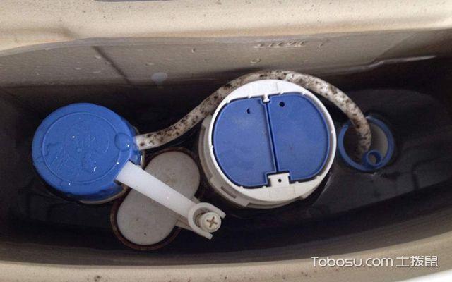 马桶水位太高怎么调节 水箱