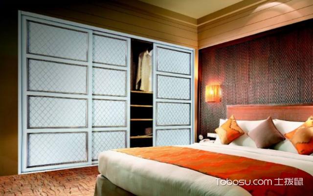 壁墙装�_怎样安装壁柜门?如何选购壁柜门?