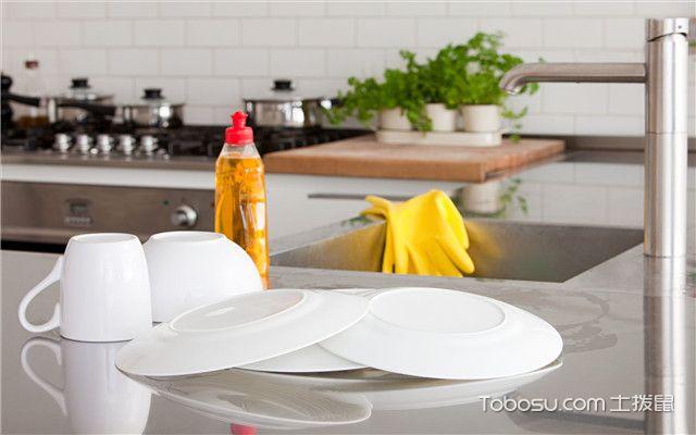 厨房洗菜盆下水管漏水怎么办