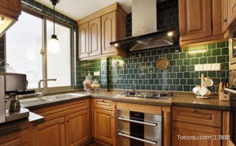 欧式厨房装修效果图鉴赏,给您的厨房增添一抹雅致的韵味