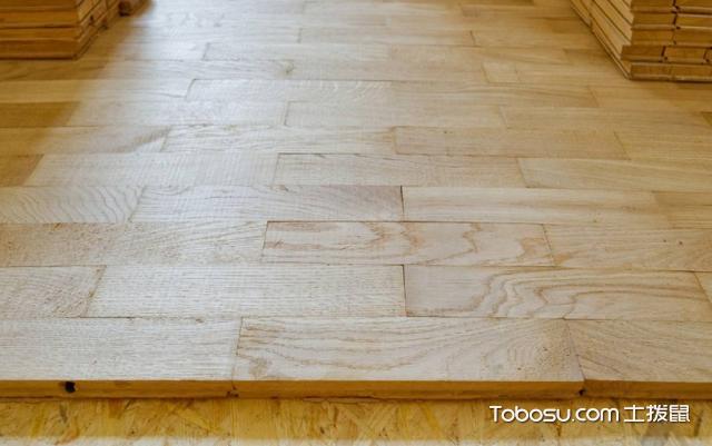 复合地板怎么铺