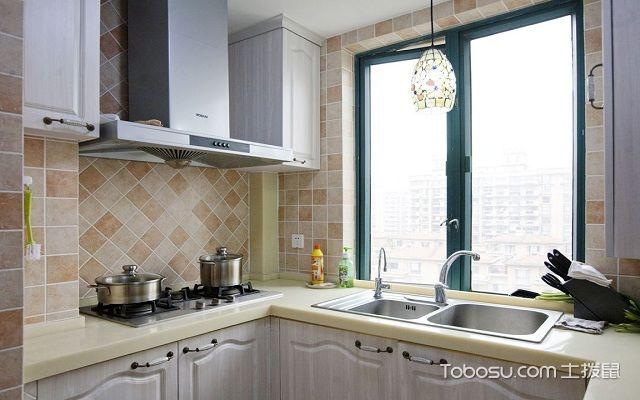 厨房风水怎么布置好之忌灶台在横梁之下