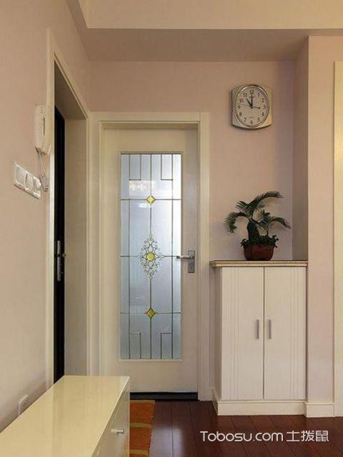 室内格局装修风水禁忌之入户门不能正对卫生间