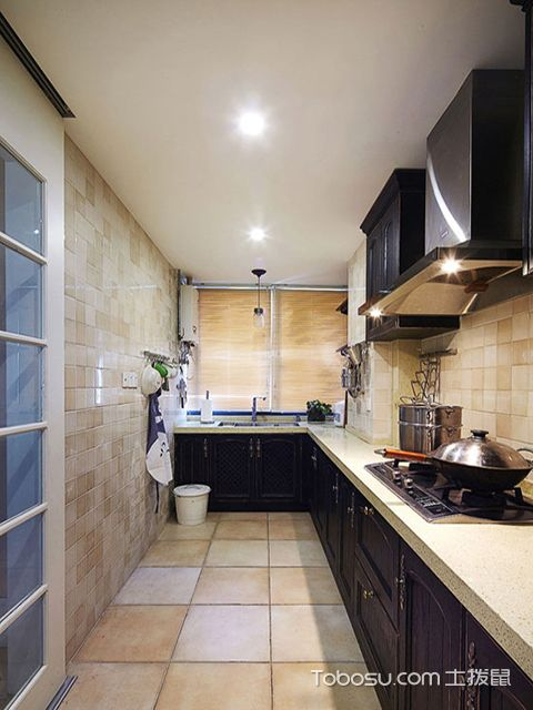 欧式风格厨房装修效果图之L型欧式厨房设计