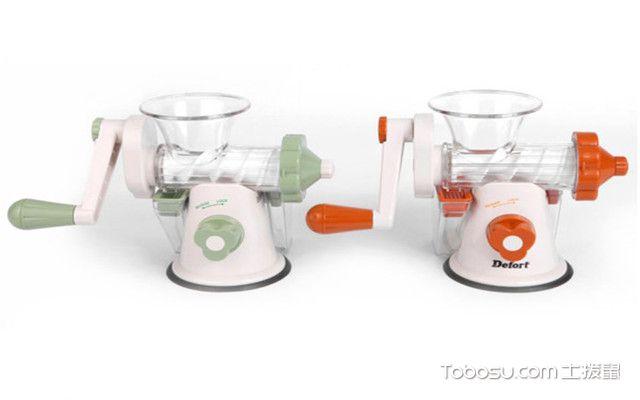 手动榨汁机怎么用