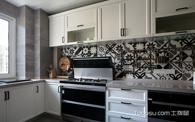 四室两厅装修案例—厨房