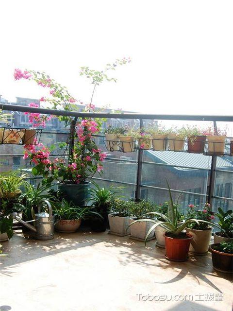 如何把阳台变成花园-做好工具收纳
