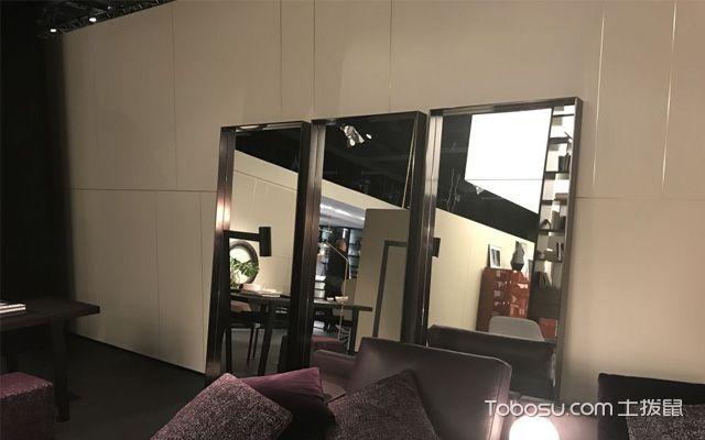 客厅能不能放镜子