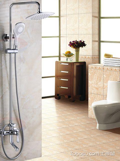 卫生间淋浴花洒不出水怎么办之用醋浸喷头