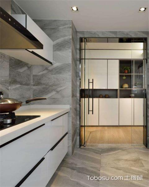 如何拓宽厨房空间之玻璃门