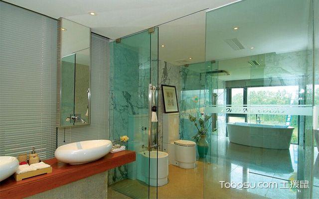 在浴室安装玻璃隔断优缺点是什么
