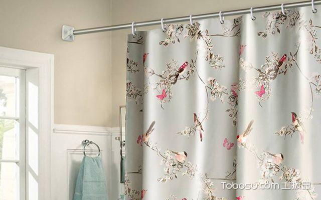 淋浴间用浴帘还是玻璃隔断—案例2