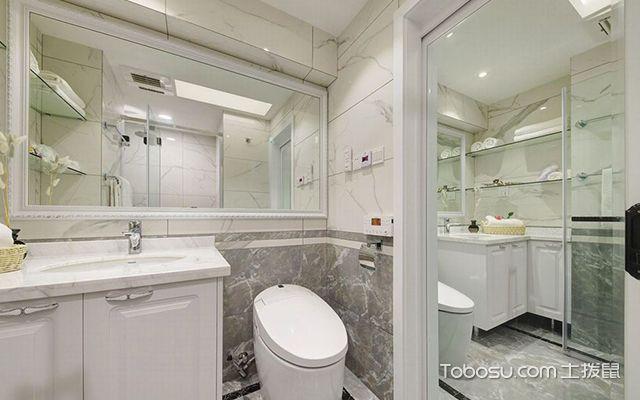 淋浴间用浴帘还是玻璃隔断—案例4