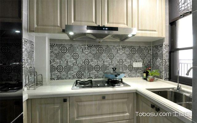 厨房瓷砖什么颜色好