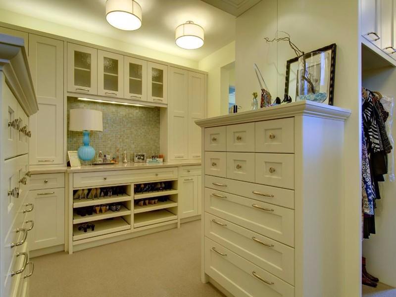 衣帽间的鞋柜,让你的生活更加井然有序