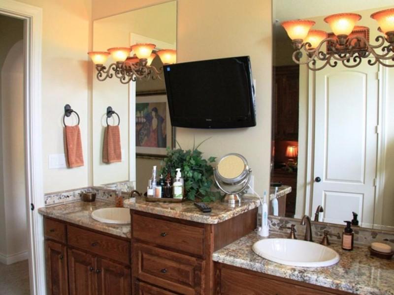 实木浴室柜优缺点,让你的浴室更加美观自然
