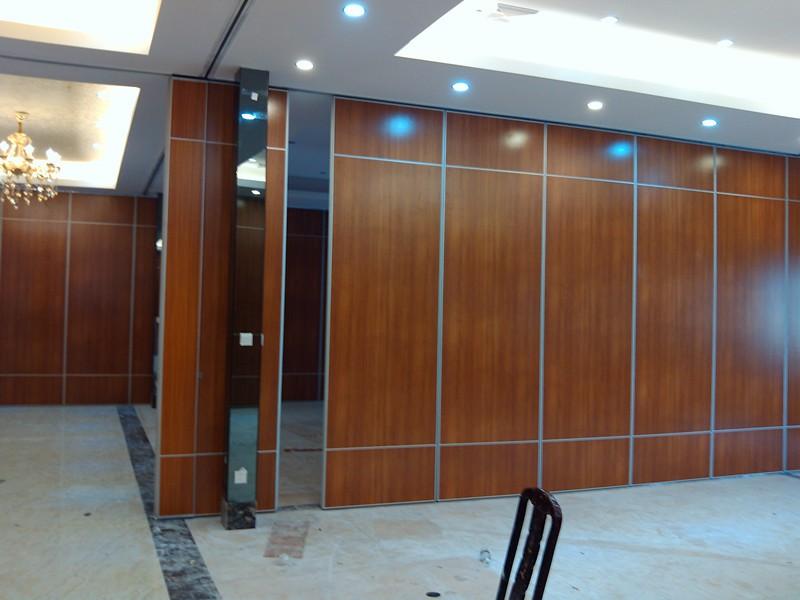 会议室隔断屏风如何选择