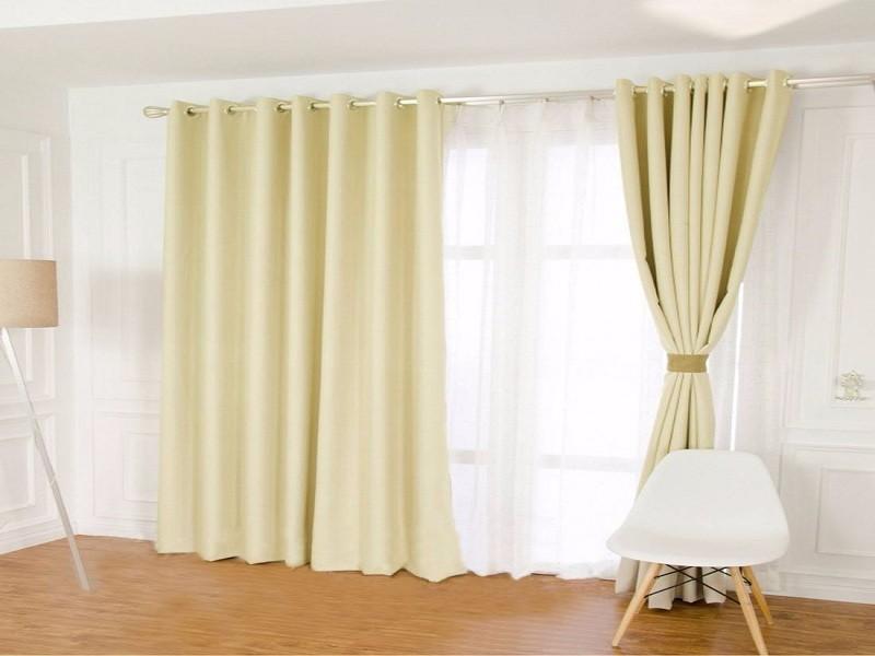 家庭装修中,滑轨和罗马杆窗帘,你会选择哪种?