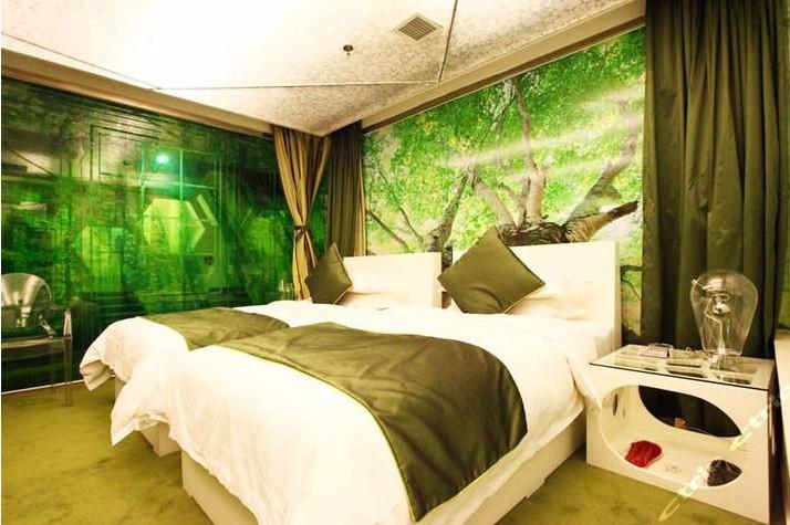 无窗卧室装修效果图欣赏,这样装修光线会不好吗?